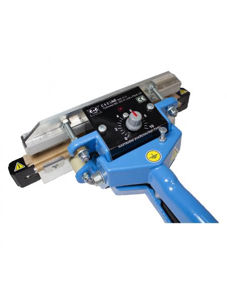 Impulsní svářecí kleště folií SKI-200 pohled na ovládání