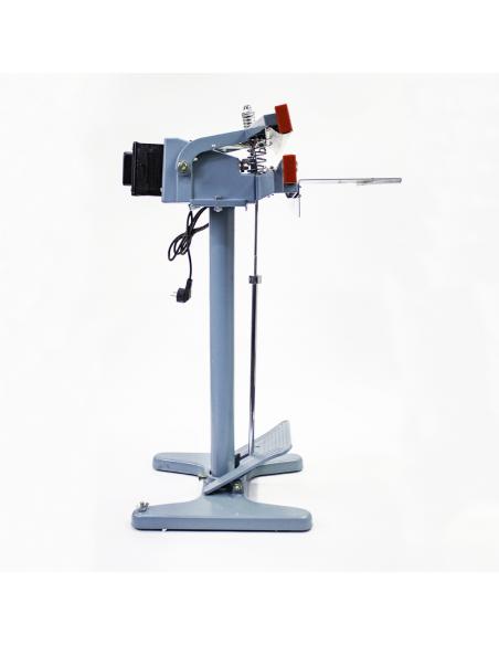 Nožní impulsní svářečka folií PFS-650x2 pohled z pravé strany