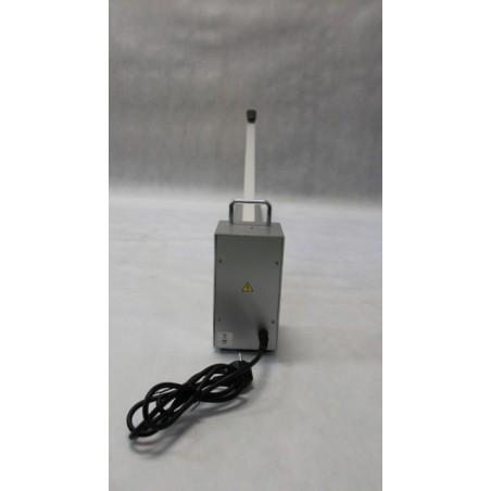 Páková impulsní svářečka PFS-1000H - pohled ze zadu